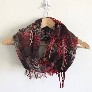 Cejon Circle Fringe Scarf - Red & Black